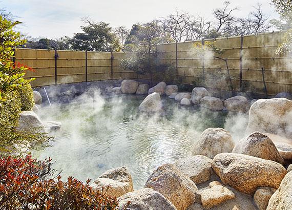 温泉がもたらす効用で心と体を整える現代版の湯治体験「新・湯治」